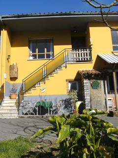 Beautiful 3 bedroom Arriondas Apartment with Internet Access - Arriondas vacation rentals