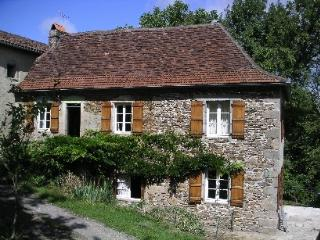 Comfortable 2 bedroom Gite in Bretenoux - Bretenoux vacation rentals