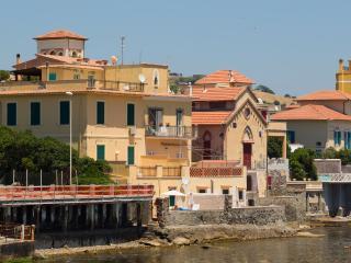 4 bedroom Villa with Central Heating in Santa Marinella - Santa Marinella vacation rentals