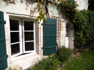 3 bedroom Gite with Satellite Or Cable TV in Verteillac - Verteillac vacation rentals