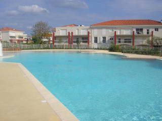 BLUE SKIES - Juan flores - Juan-les-Pins vacation rentals