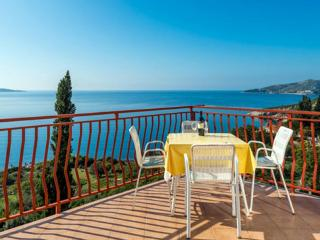 GH Fontana - One Bedroom with Sea View A2-3 - Plat vacation rentals
