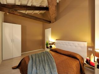 Rialto Project Apartments - Lovely Santa Croce - City of Venice vacation rentals