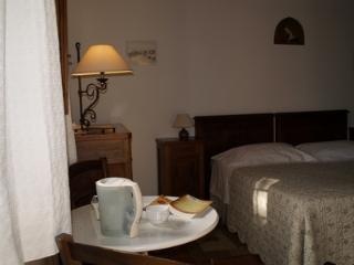 1 bedroom Bed and Breakfast with Private Outdoor Pool in Fiesole - Fiesole vacation rentals