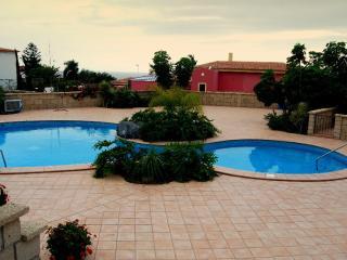 Townhouse in Joyas Del Duque - Playa de Fanabe vacation rentals