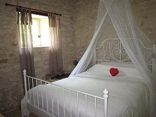Perfect Barn with Internet Access and Television - Lauzerte vacation rentals