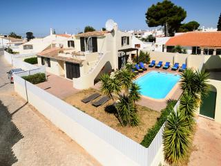 7 bedroom Villa with A/C in Albufeira - Albufeira vacation rentals