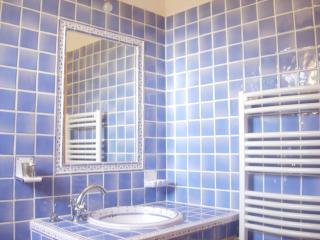 Provençal country house 5 minutes from Aix en Prov - Aix-en-Provence vacation rentals