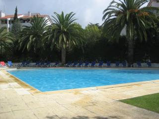 Lake's studio near beach - Estoril vacation rentals