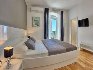 Split Luxury Room GREY **** - Split vacation rentals