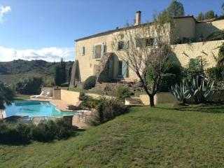 Large Farmhouse with pool South France, sleeps 10 - Gabian vacation rentals