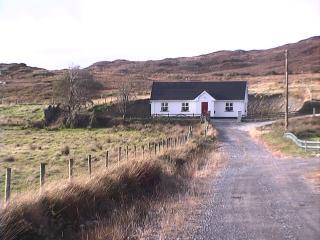 Coitin Abhainn Na Glinne - Glencolmcille vacation rentals