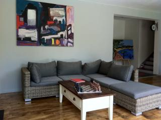 Nice House with Internet Access and Short Breaks Allowed - Moelan sur Mer vacation rentals