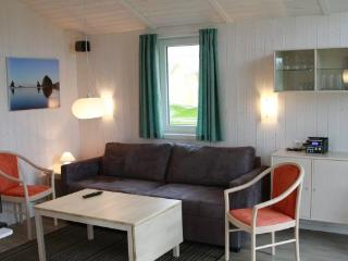Charming Villa with DVD Player and Sauna - Friedrichskoog vacation rentals