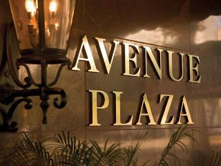 Wyndham Avenue Plaza in a 1 Bedroom - New Orleans vacation rentals