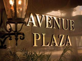 Avenue Plaza Studio Unit - New Orleans vacation rentals