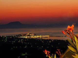 Cozy Condo in Maroulas with Internet Access, sleeps 4 - Maroulas vacation rentals