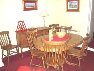 Lovely Cottage in Blakeney with Short Breaks Allowed, sleeps 6 - Blakeney vacation rentals