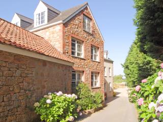 The heart of St Peter Countryside - Saint Aubin vacation rentals