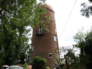 Gorgeous Windmill with Internet Access and Satellite Or Cable TV - Warwickshire vacation rentals