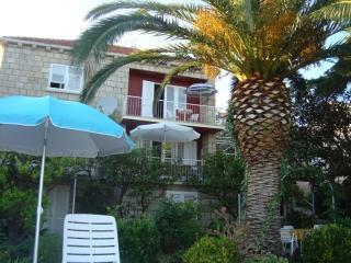 STUDIOAPARTMENT GREEN CORNER - Mlini vacation rentals