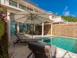 Stunning villa 5 mins to beach A6 - Koh Samui vacation rentals