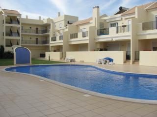 2 bedroom Townhouse with Internet Access in Ferreiras - Ferreiras vacation rentals