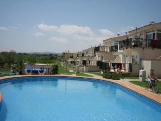Perfect 2 bedroom Vinaros Apartment with Internet Access - Vinaros vacation rentals
