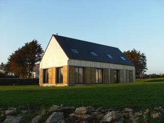 Maison neuve bois vue sur la mer - Plozevet vacation rentals