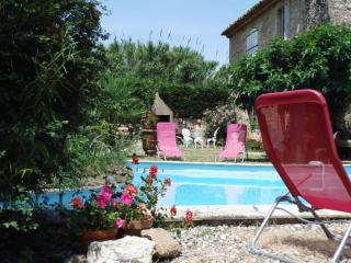 Nice Gite with Internet Access and Dishwasher - Pezenas vacation rentals