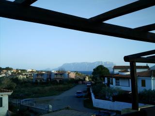 villetta a schiera vista mare  4/6 p.l. Pittulongu - Golfo Aranci vacation rentals