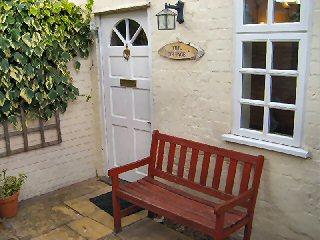 Comfortable 1 bedroom Stratford-upon-Avon Cottage with Internet Access - Stratford-upon-Avon vacation rentals