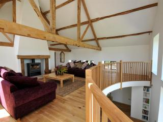 Gorgeous Barn with Internet Access and Television - Leominster vacation rentals