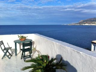 Cozy Apartment in Trapani with Internet Access, sleeps 6 - Trapani vacation rentals