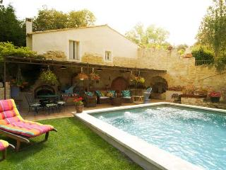 New!!! Le Nid at Provence Paradise / 1 BR / Wifi / AC / Pool - Saint-Remy-de-Provence vacation rentals