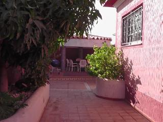 Cozy 3 bedroom House in Los Abrigos - Los Abrigos vacation rentals