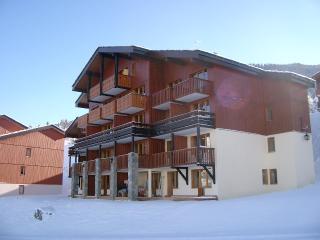 Ski-La Source : La Baie, Le Boulier, Les Coches (2 bedrooms sleeping 6) - Les Coches vacation rentals