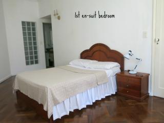 2 spacious  EN-SUITES  Bedrooms TO LET - Rio de Janeiro vacation rentals