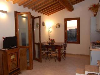 Borgo Renaio Guardistallo - bilocale vista mare - Guardistallo vacation rentals