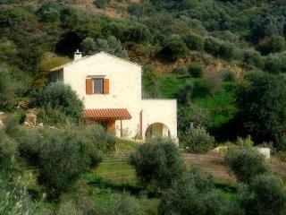 Sunny 2 bedroom Melidoni House with Internet Access - Melidoni vacation rentals