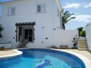 Costabravaforrent Can Pescador, up to 6, pool - L'Escala vacation rentals
