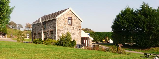 Gelli Hir Farm Holiday Cottage - Llanelli vacation rentals