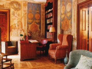 Lovely Castle with Internet Access and Dishwasher - Loosdorf vacation rentals