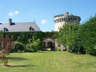 Nice Manor house with Internet Access and Television - Les Trois-Moutiers vacation rentals