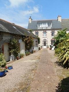 B&B La Chantelière near beaches in N.Brittany - Etables-sur-Mer vacation rentals