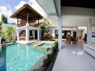 Villa Seratus luxury 2 Bedroom villa with 50m pool - Nusa Dua Peninsula vacation rentals
