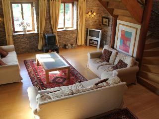 3 bedroom Cottage with Internet Access in Monmouth - Monmouth vacation rentals