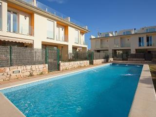 Semidetached house with shared pool in Alcudia L50 - Alcudia vacation rentals