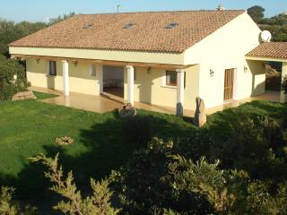 4 bedroom Villa with Internet Access in Arzachena - Arzachena vacation rentals