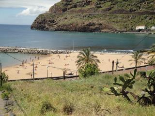 Casa junto á praia - Machico vacation rentals